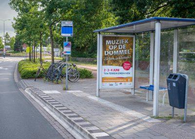 De poster van Muziek op de Dommel in een bushokje in Geldrop