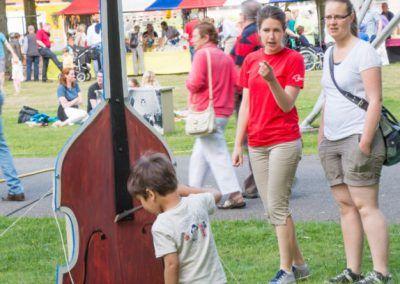 De cello wordt bespeeld