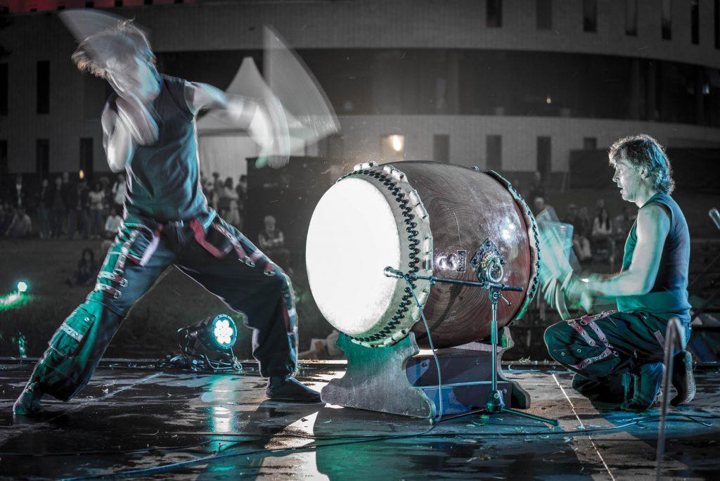 Circle percussion in beweging