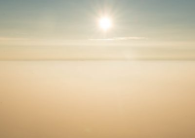 Op de scheidingslijn van wolken